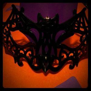 🎃 Bat Shaped Face Mask 👻